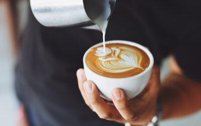 Pynt op på kaffebaren med inspirerende posters