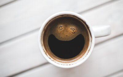 Drik dig glad med kaffe